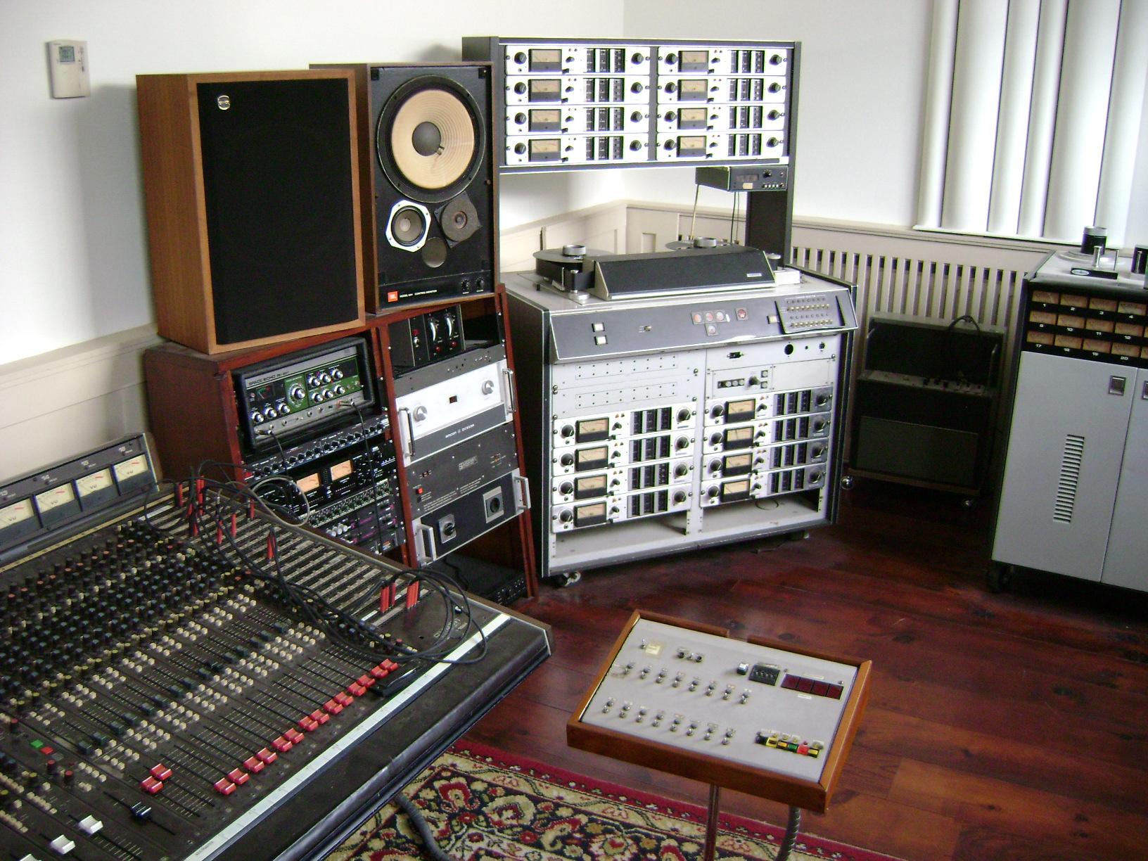 opnamestudio the swinging zmirnov hall wijhe headroom