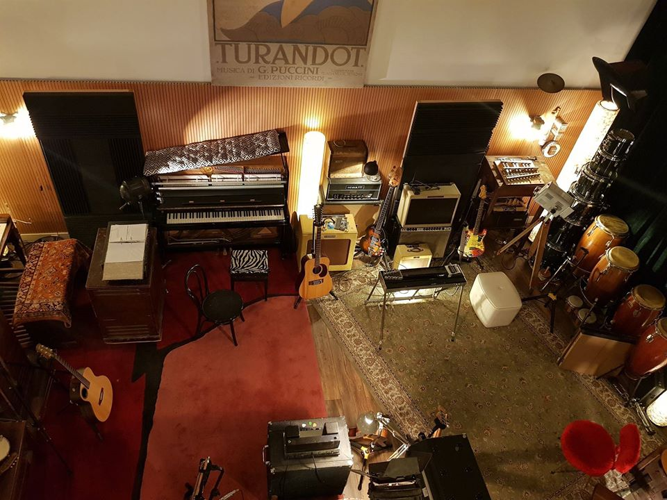 woodstock recording studio blog banner headroom